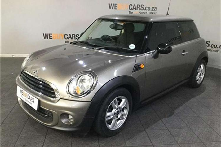 Mini hatch one auto 2012