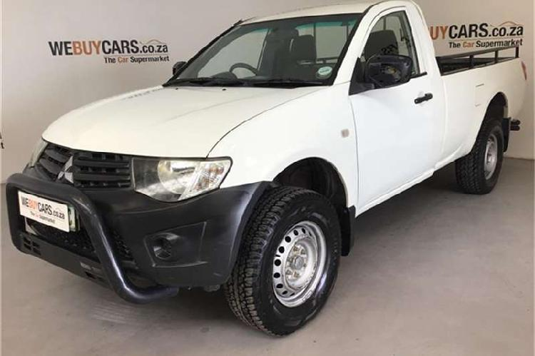 Mitsubishi triton 2.5di d clubcab 2013