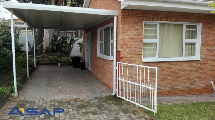 Beautiful house to rent in beacon bay east london