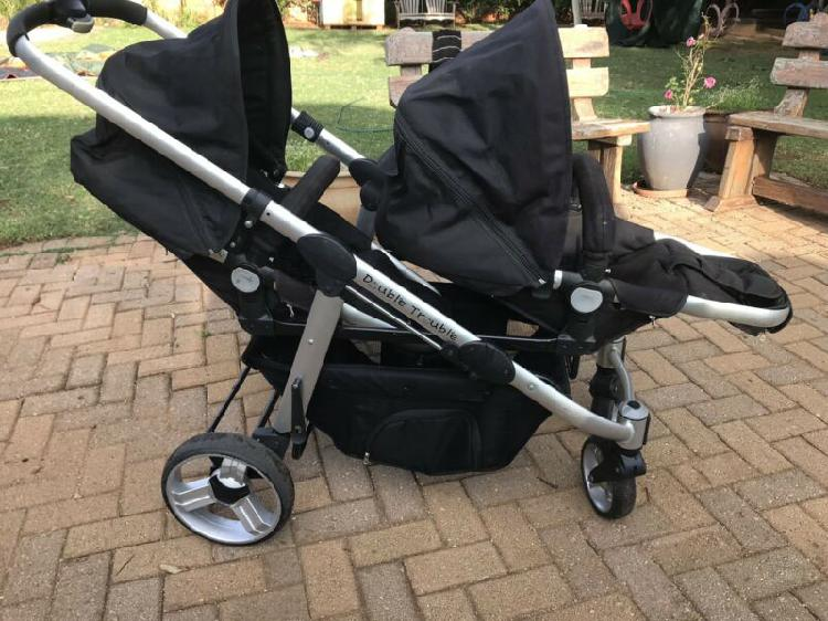 Double trouble twin stoller/pram