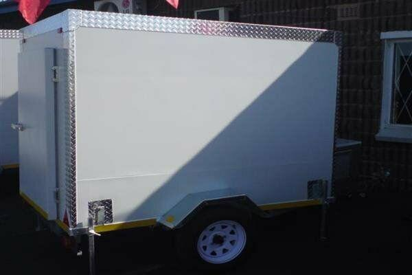 Large mobile chiller for your functions at low prices this