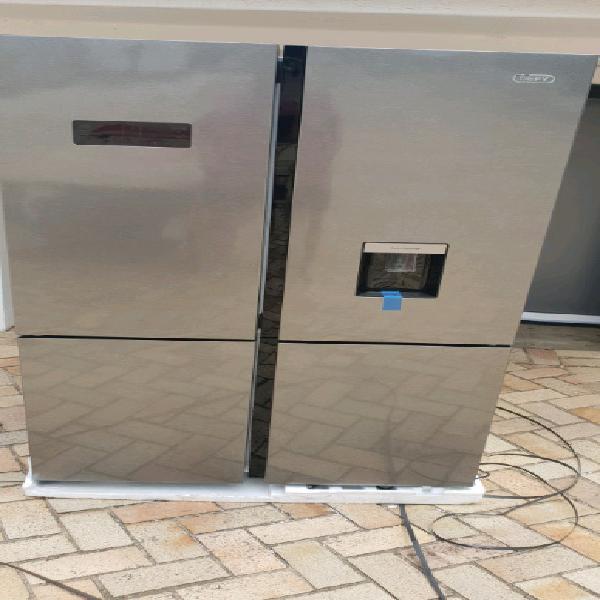 New defy 4 door fridge / freezer with water dispensor. new b