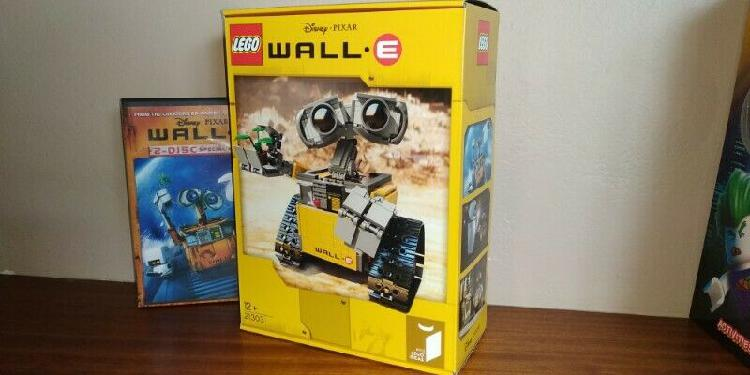 Lego Sets and Collectible Minifigs
