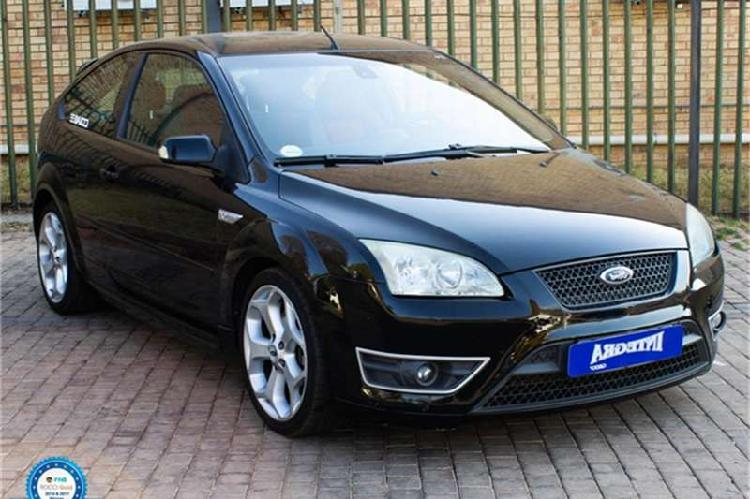 Ford focus hatch 3-door focus 2.5 st 3dr 2006