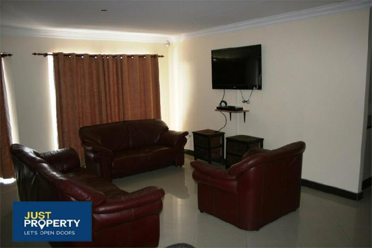 Apartment in jeffreys bay now available