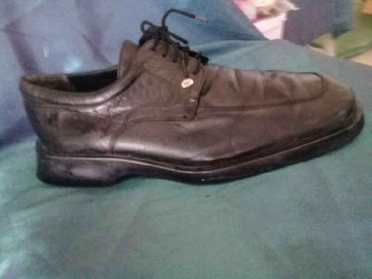 Mens shoes: very good condition