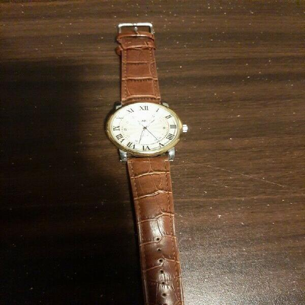 Automatic leather wrist watch