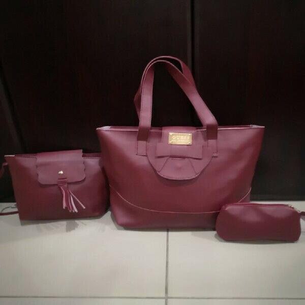 Bulk 3 piece guess handbags