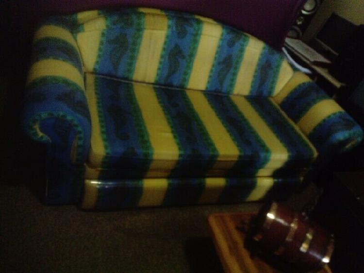 Sleeper couch with thick matress and 2 covers r 2800.