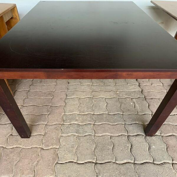 Solid wood table (6 seater)