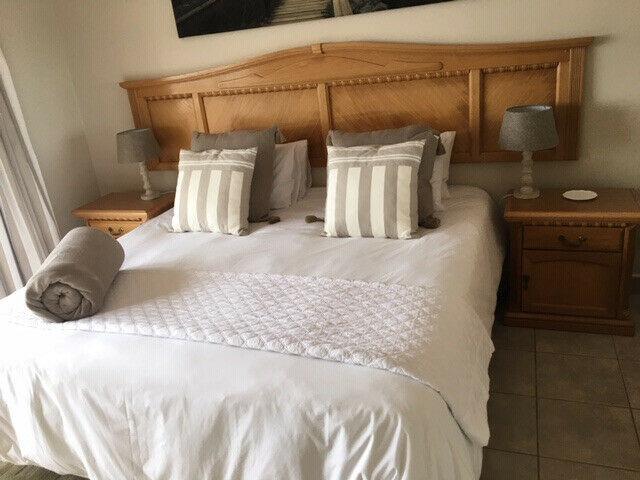 Bedroom suite solid oak wood