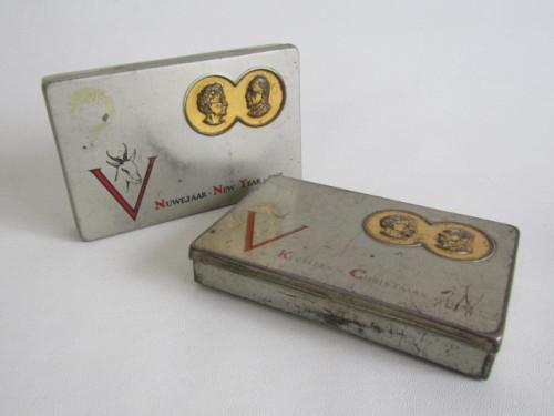 Lot of two collectable tins; 1941 kersfees / christmas and