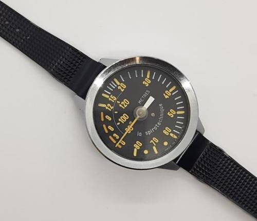 Vintage la spirotechnique mlitary/navy diver's 120m depth