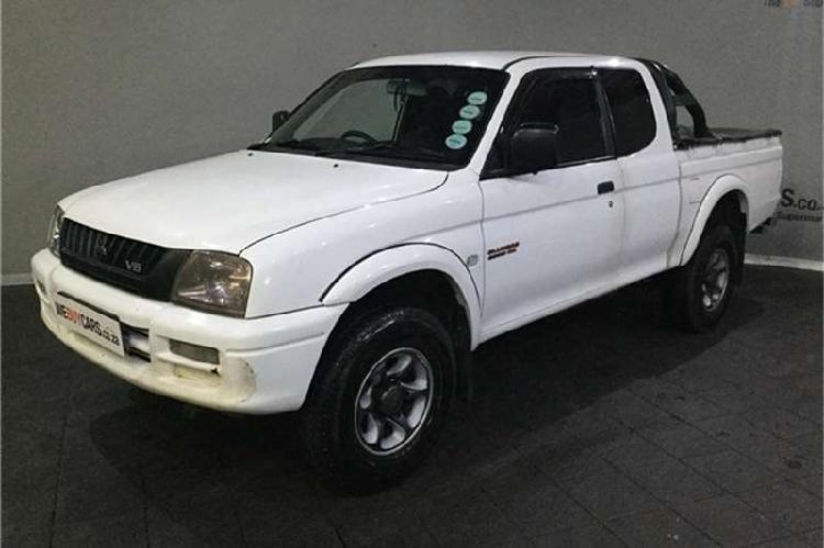 Mitsubishi colt 3000i clubcab 2005