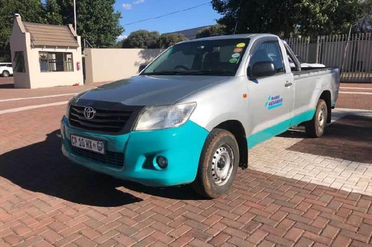 Toyota hilux 2.0 vvti 4x2