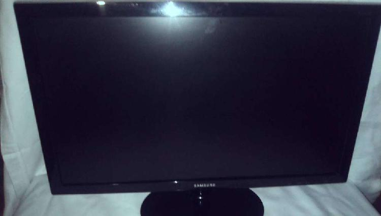 Samsung screen for computer for sale 24inch