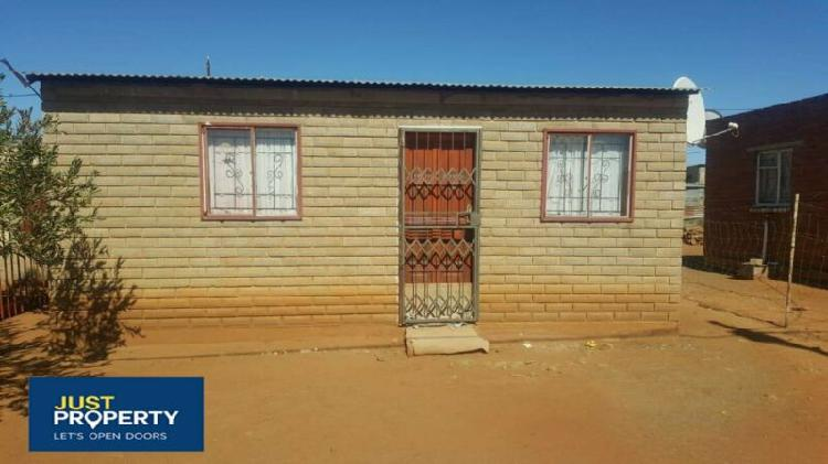 House for sale in mangaung, mafora