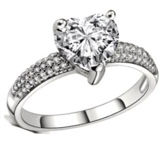 Breathtaking 2.60ct cr.diamond engagement ring, heart pave.