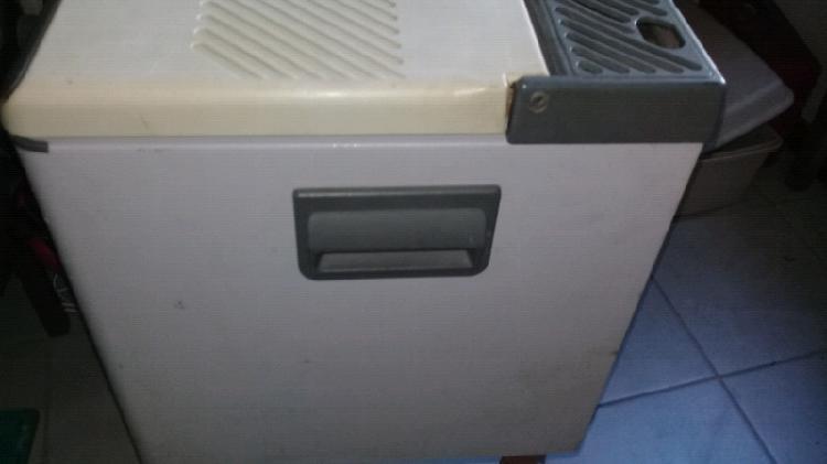 Electrolux mobile cooler fridge