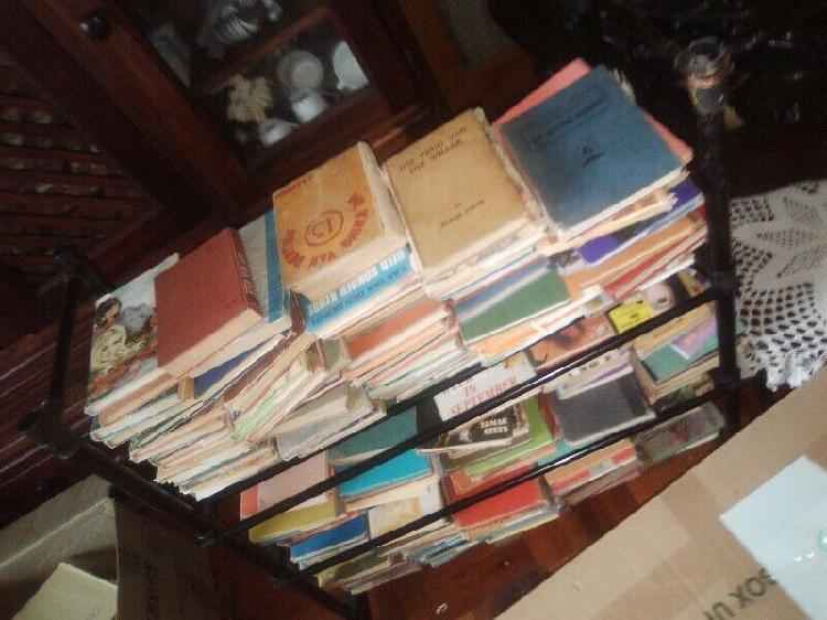 Vintage story books afr