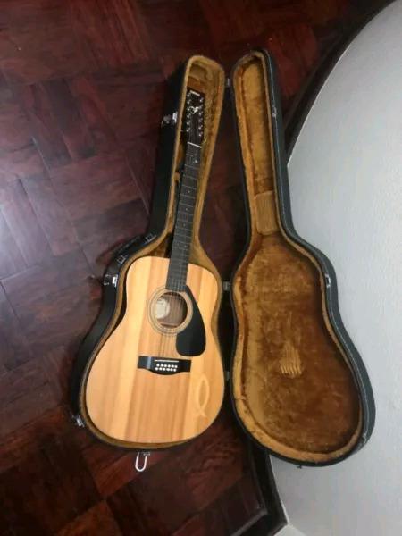 Guitar yamaha fg-410-12a