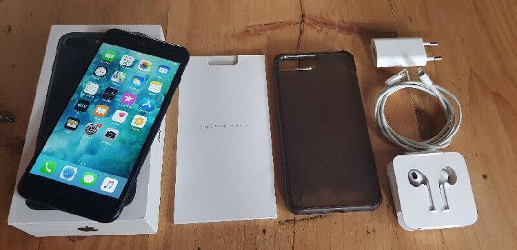 Iphone 7 plus 128gb (neat condition) r6500 neg
