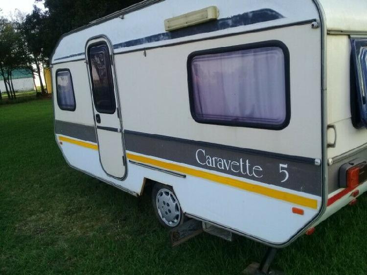 1984 caravette 5 trailer