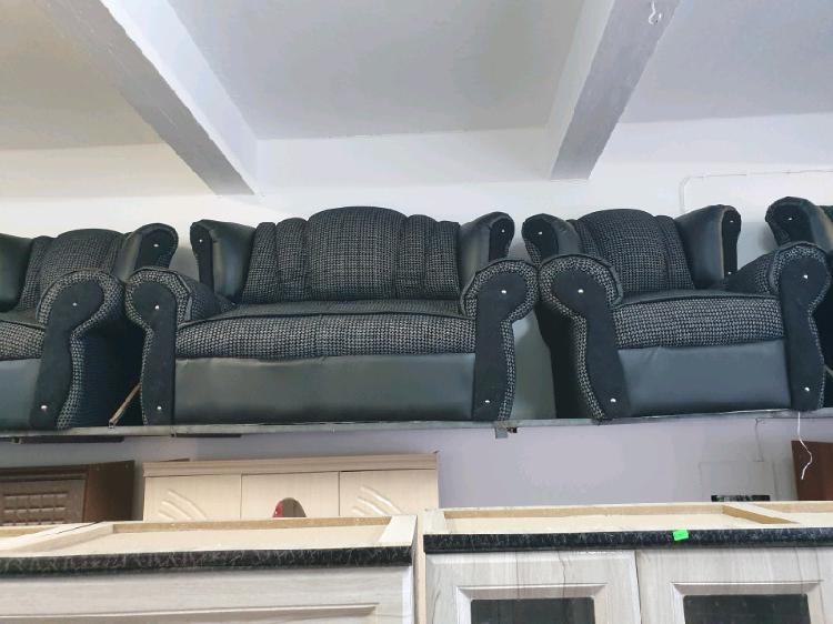 Black butterfly 4 piece couch set