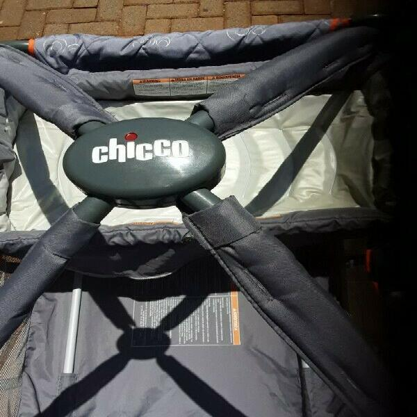 Chicco Camping Cot