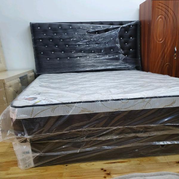 Emps mattress and base