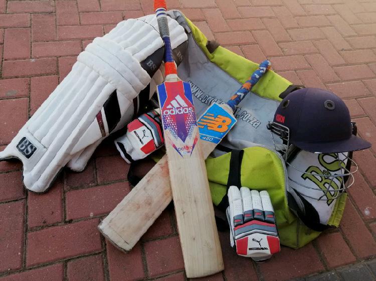 Selling my cricket kit.