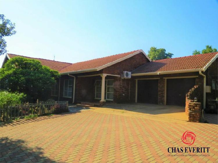 Smallholding in Rustenburg now available