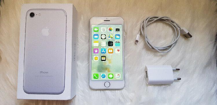 128 gb apple iphone 7 (neat condition) r5000 neg