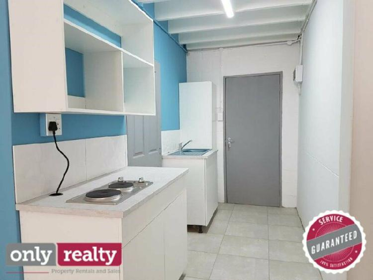 Central 1 bed loft apartment for rent
