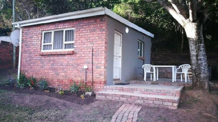 Flat for rent r3800