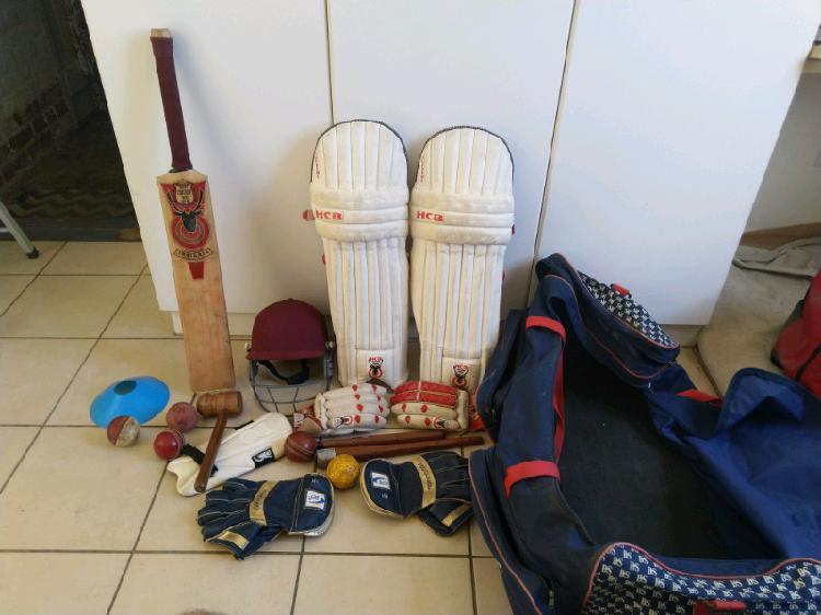 Hunts county cricket kitt for sale