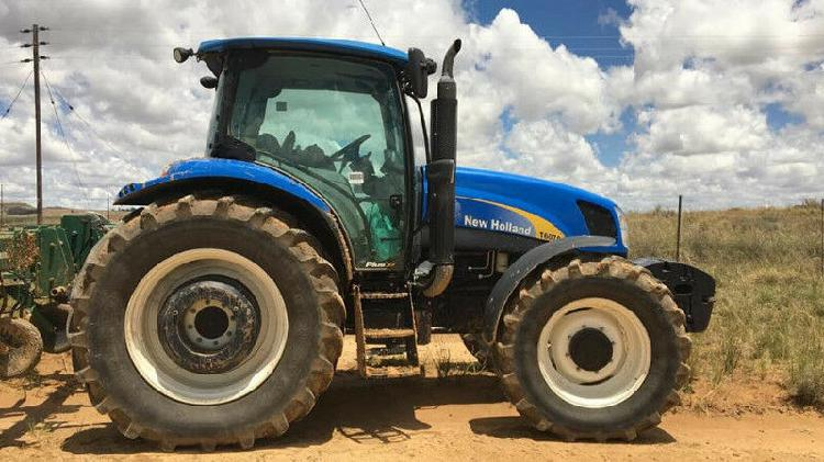 2016 new holland t6070 cab