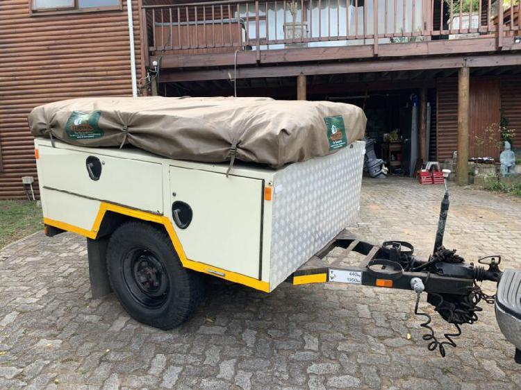Camping trailer 4x4 tentco rooftop