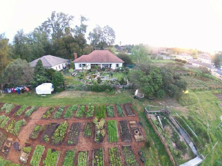 Short lets on a small organic farm 3km from central