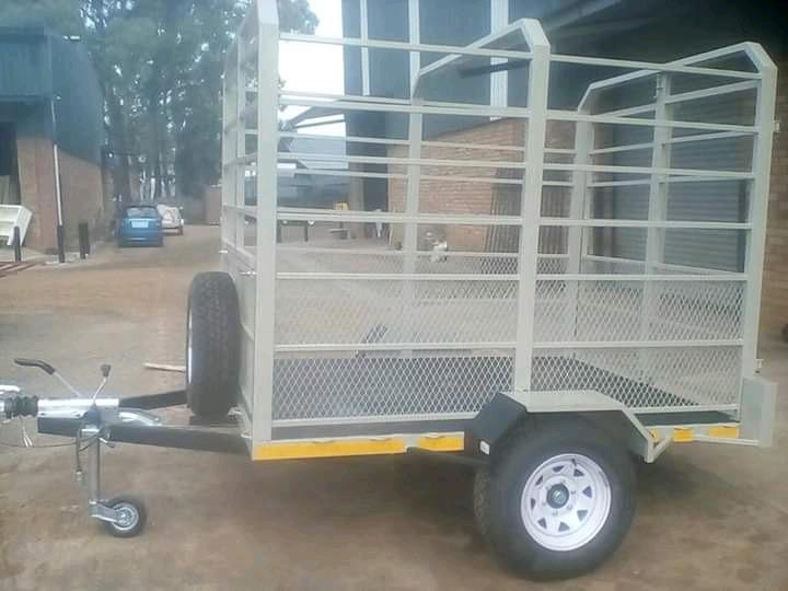Small cattle trailer for sale 900kg axle nrcs approved 2.4m