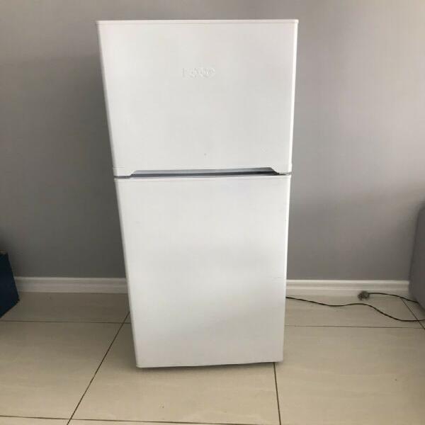 Kic 215 l fridge with freezer