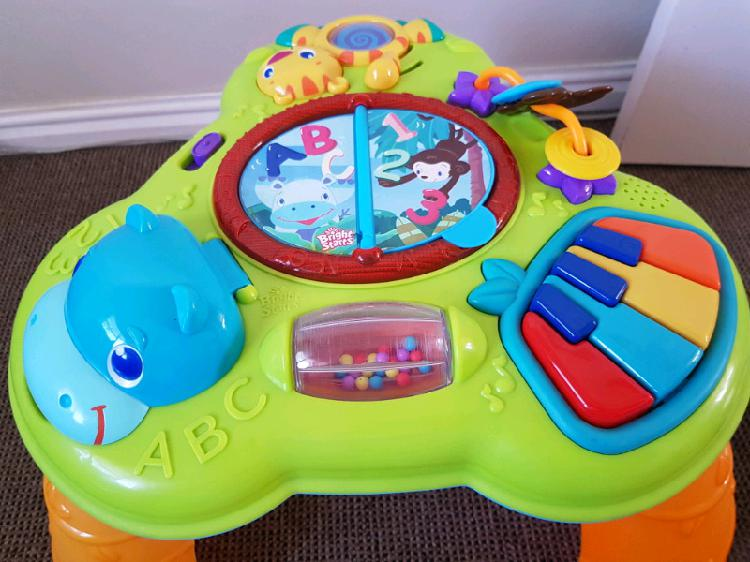 Bright starts safari musical play table