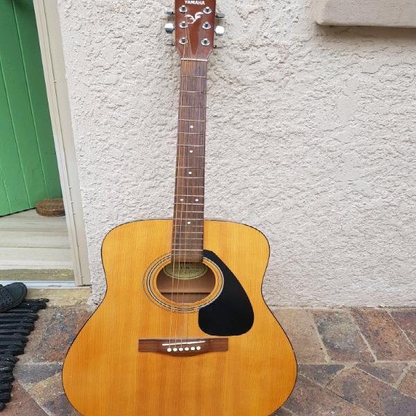 Guitar (yamaha f310) + bag + stand: r1,100