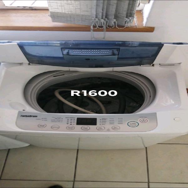 Lg turbo drum 8.2kg top loader washing machine