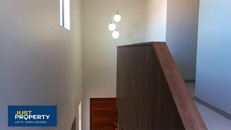 Ultra modern town house for sale