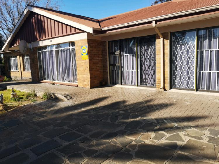 Student accommodation available in universitas