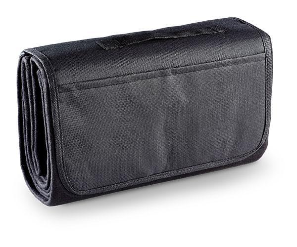 Heritage picnic blanket - black