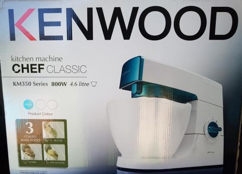 Kenwood km350 800w 4.6lt kitchen machine (reduced!!)