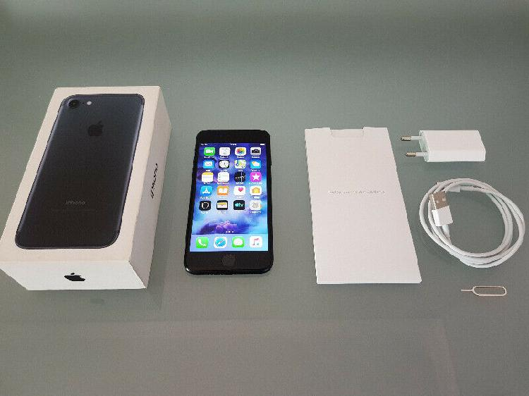 Apple iphone 7 (neat condition) r4500 neg