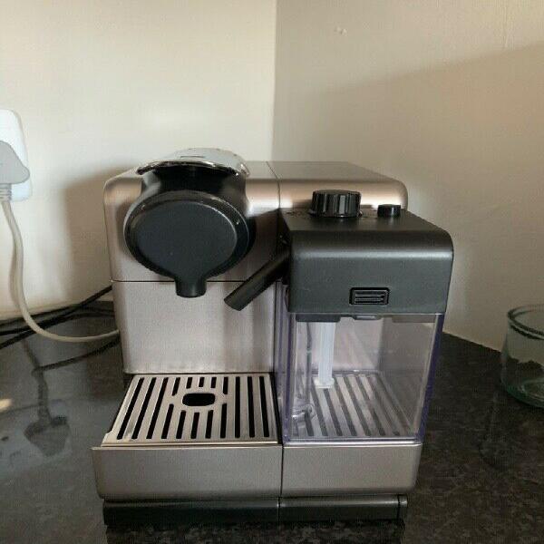 Nespresso lattissima touch automatic espresso machine with
